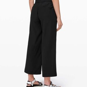 Lululemon Cross Front Wide Leg 7/8 Pants